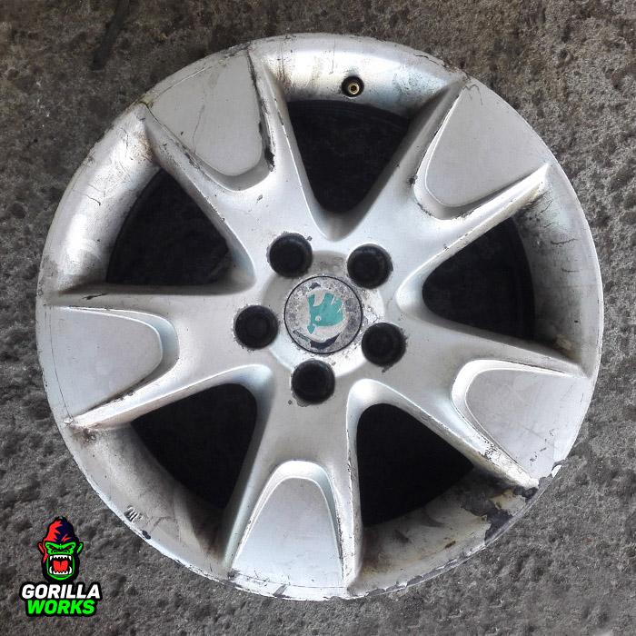 Литой диск Skoda Fabia перед покраской