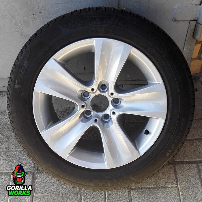 Перекраска дисков BMW в оригинальное серебро с глянцевым лаком
