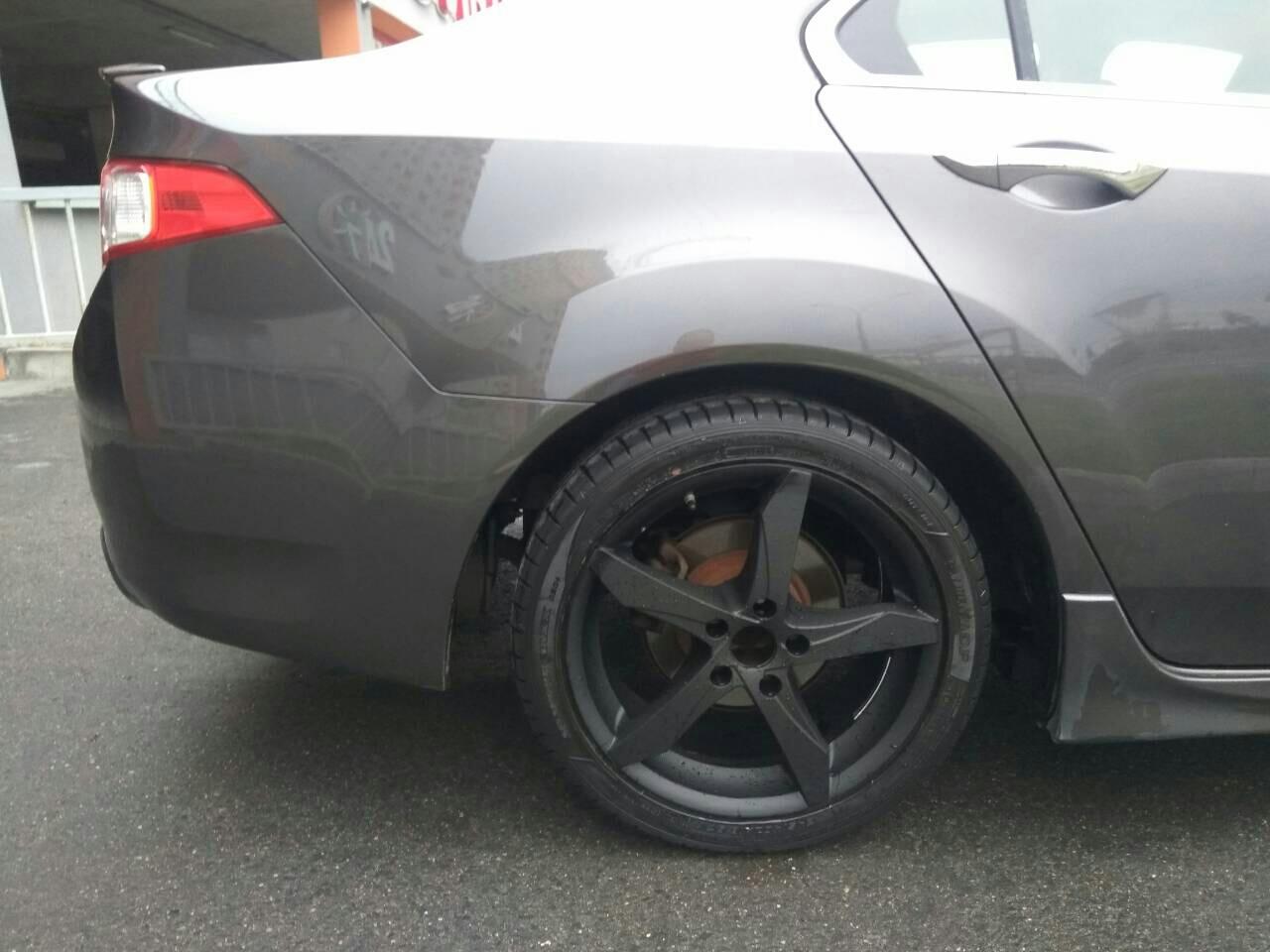 Черный матовый цвет полимерной краской для литья от Honda Accord