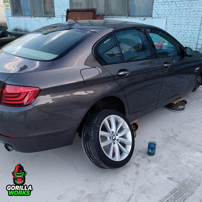 Устраняем коррозию и бордюрку на литых дисках BMW 5 F10
