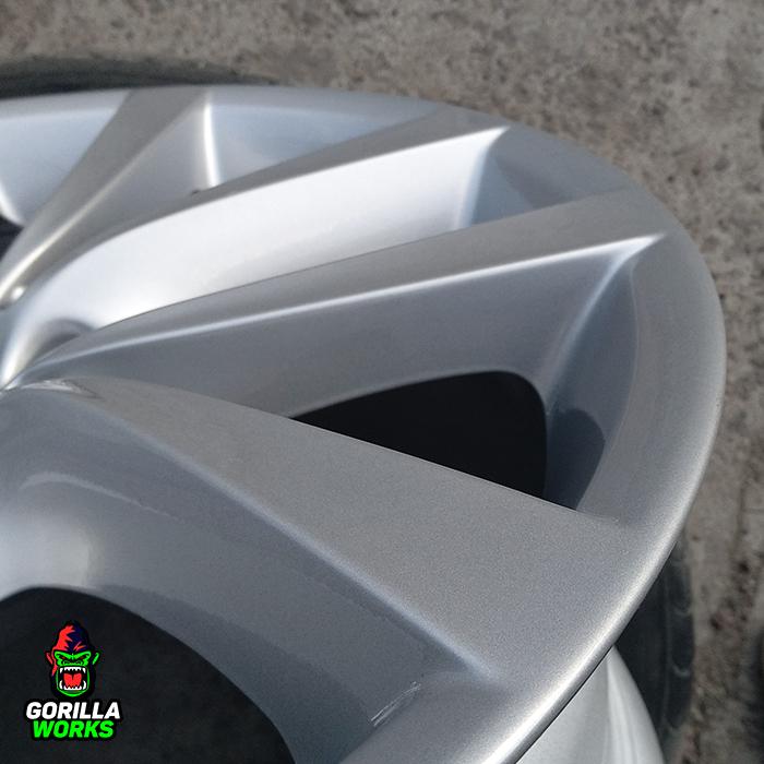 Покрытие литых дисков БМВ глянцевым лаком
