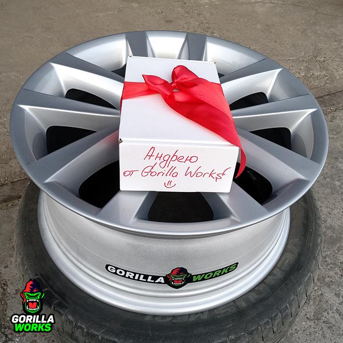 Финальный традиционный подарок каждому клиенту после покраски дисков :)